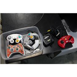TOTE OF GAMING CONTROLLERS