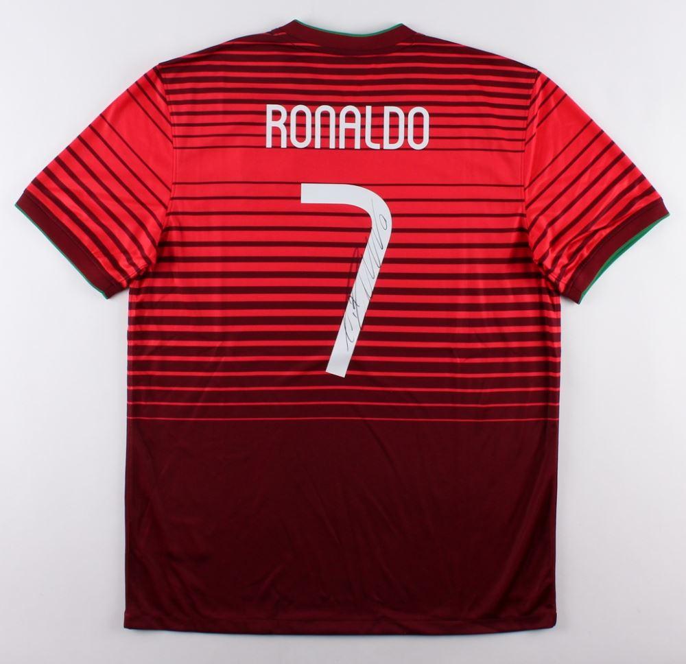 pretty nice 05aae 51888 Cristiano Ronaldo Signed Team Portugal Authentic Nike ...
