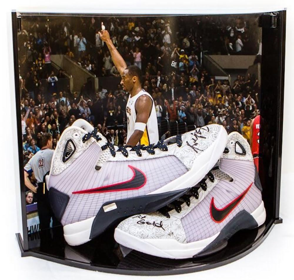 the best attitude df341 e7f9c Image 1   Kobe Bryant Signed Nike Hyperdunk OG USA LE Basketball Shoes  Inscribed