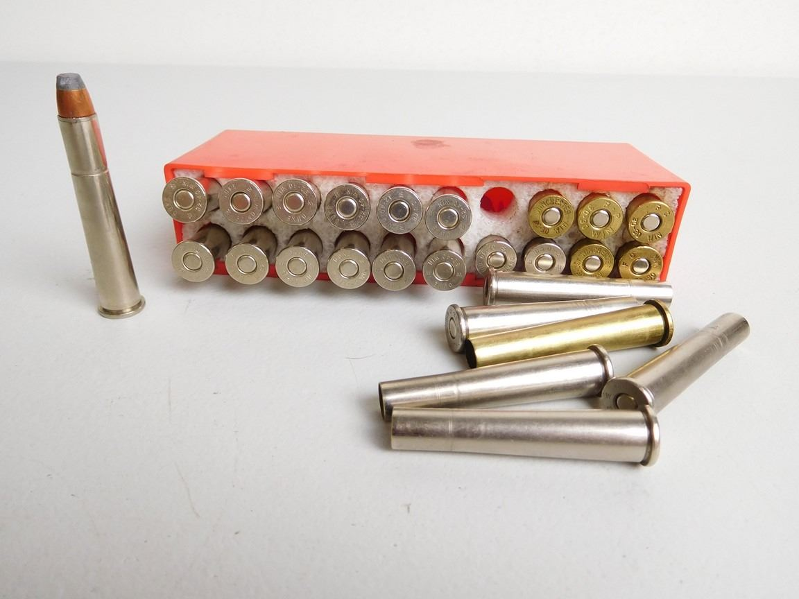 Assorted Lot Including Lee 32 40 Reloading Die Set Hornady 32 Cal