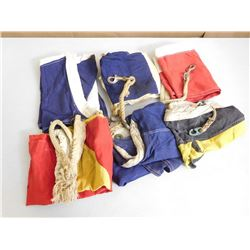 ASSORTED SIGNAL/NAVY FLAGS
