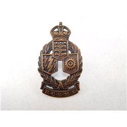 ROYAL CANADIAN ELECTRICAL & MECHANICAL ENGINEERS CAP BADGE