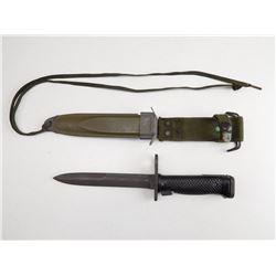 M16 BAYONET AND SCABBARD