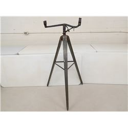 LEE ENFIELD TRAINING/SIGHTING STAND