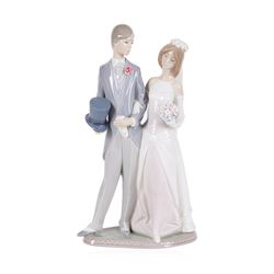 """Beautiful Lladro """"Bride and Groom"""" Retired #1404 - 12.5"""" Tall"""