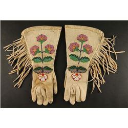 Vintage Rosebud Sioux Beaded Gauntlet Gloves