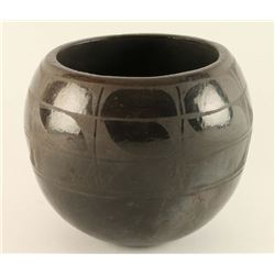 Santa Clara Blackware Pot