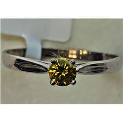 $1000 10K White Gold Dia Ring