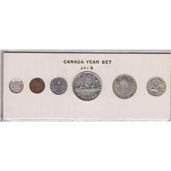 1945 Canada Year Set in Folder