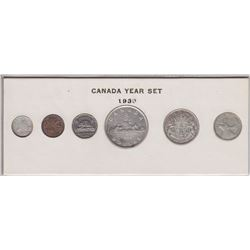 1946 Canada Year Set in Folder
