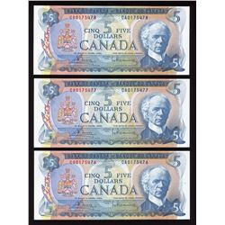 Bank of Canada $5, 1972 - Lot of 3 Consecutive