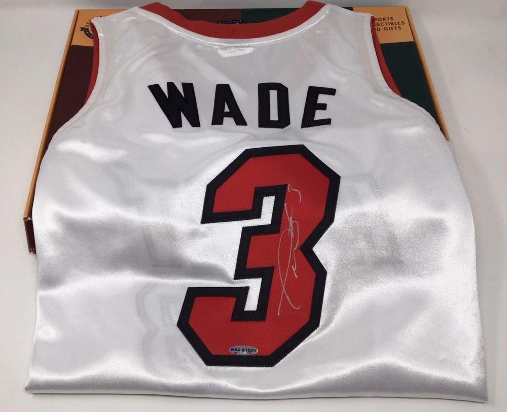 e6540c36b9ca Image 1   Dwyane Wade Signed Heat Jersey (UDA COA)