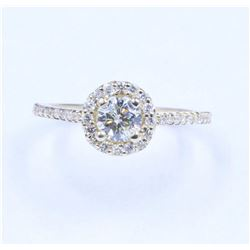 14KT White Gold 0.86 ctw Halo Style Diamond Engagement Ring