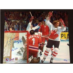 """LIMITED EDITION BOBBY HULL AUTOGRAPHED 16"""" X 20"""" PHOTO (1976 CANADA CUP) 66/76"""