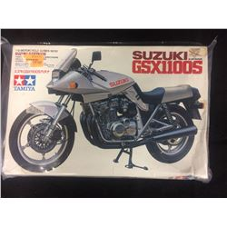 TAMIYA SUZUKI KATANA GSX 1100S UNASSEMBLED MODEL KIT IN BOX