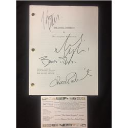 THE USUAL SUSPECTS WRITER'S DRAFT AUTOGRAPHED BY CHAZ PALMINTERI, BENICCIO DEL TORRO, GABRIEL BYRNE