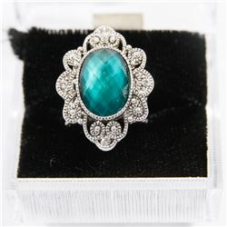 FASHION RING WITH ADJUSTABLE SIZE