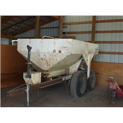 SMC 5 TON TANDEM PTO FERTILIZER SPREADER