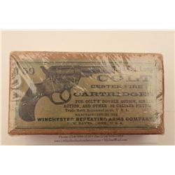 """18BJ-8 COLT 1877 AMMODesirable full """"picture"""" box (picture of Colt  Model 1877 Lightning DA revolver"""