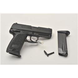 18EMY-19 H&K USP COMPACT PISTOLH&K USP Compact semi-automatic pistol, .45  caliber, black finish, S/