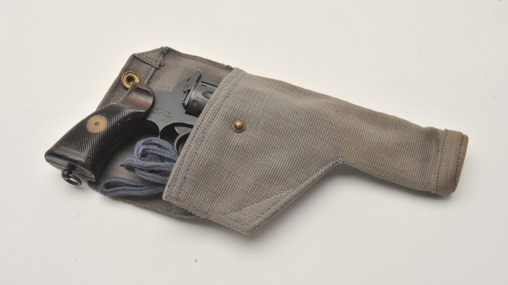 17MH-12 ENFIELD #L1070Enfield No  2 MK 1 DA revolver, 1940 dated,  38  caliber, mat black finish, Br