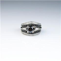 18CAI-18 BLACK DIAMOND RINGClassic Platinum 14 karat white gold wedding  set featuring a round Black