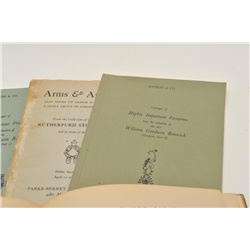 EVE-201 PAMPLETS & BOOKSLot of 5 pamphlets and book for European arms  collector as described: 1. A