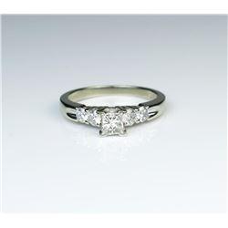 185CAI-75 DIAMOND RINGHigh quality Diamond ring set with a center  Princess cut Diamond weighing app