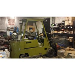 Clark Fork Lift 12000lbs with extension
