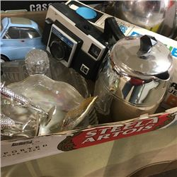 LOT35: Tray Lot: Variety Collectibles/Antiques