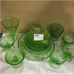 LOT55: Green Depression & Vaseline Glass