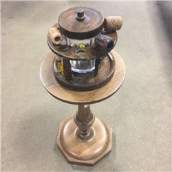 LOT284: Pipe Holder, Pipes & Fern Stand