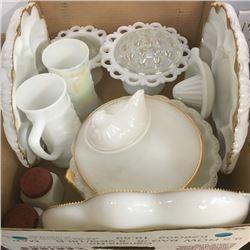 LOT339: Box Lot: Milk Glass Items