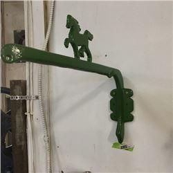 "LOT464: Cast Iron ""Horse"" Decorative Hanger (Green)"
