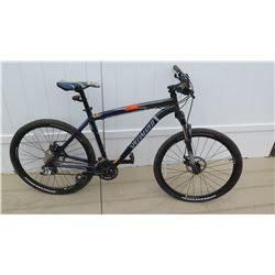 Specialized Rock Hopper Men's SR Suntour SRAM X-5 Blue Silver Mountain Bike