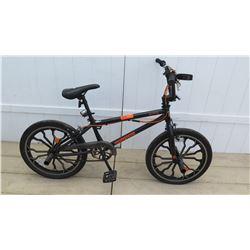 "Mongoose Rebel 20"" Boy's Black Mountain Bike Single Speed Stunt Bike"