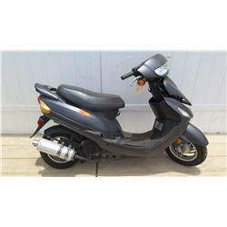 Taizhou Zhongneng 49CC Gray Moped Imported by Amstar 3417 Miles