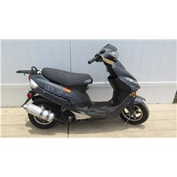 2016 Bravo Soleil GT Black Power 4 Stroke Moped 1633 Miles w/ Carrier & Fender Damage