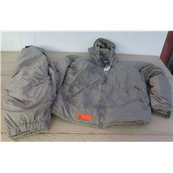 Clothing - PrimaLoft Extreme Cold Gray Parka, Pants size XL