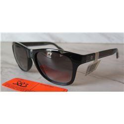 Gucci Model GG3709/S Women's Sunglasses w/Retail Tag