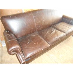 LIKE NEW POTTERY BARN / Full Size Leather Sofa