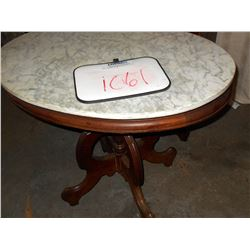ANTIQUE OVAL MARBLE TOP W WALNUT BASE