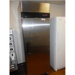 Single Door Upright Commercial Cooler