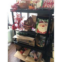 Seasonal Decorations/Huge Lot