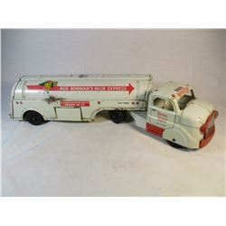1955 Vintage Marx Toys Bud Bowmans Milk Express Chicago Illinois Truck and Trailer