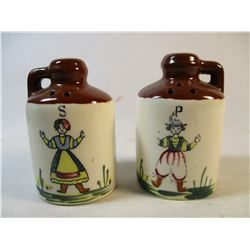 Ceramic moon shine jug shape salt & pepper shaker set made in Japan