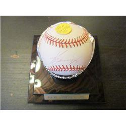 AUTOGRAPHED MLB BASEBALL - KEN GRIFFEY JR