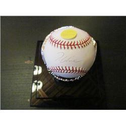 AUTOGRAPHED MLB BASEBALL - TOM GLAVINE