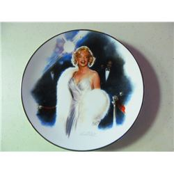 MARILYN MONROE PLATE COLLECTION - 6
