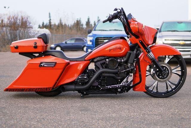 Friday Night 2012 Harley Davidson Street Glide Custom